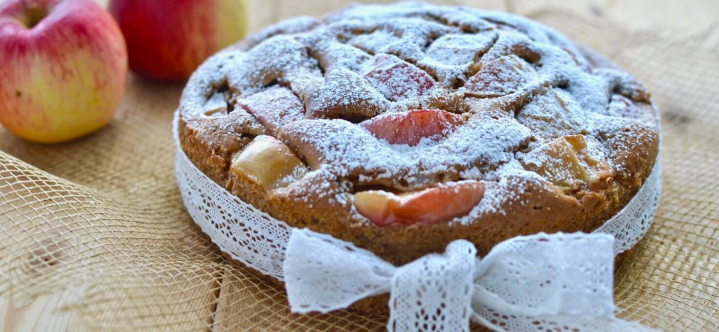 Яблочный пирог на ржаной муке