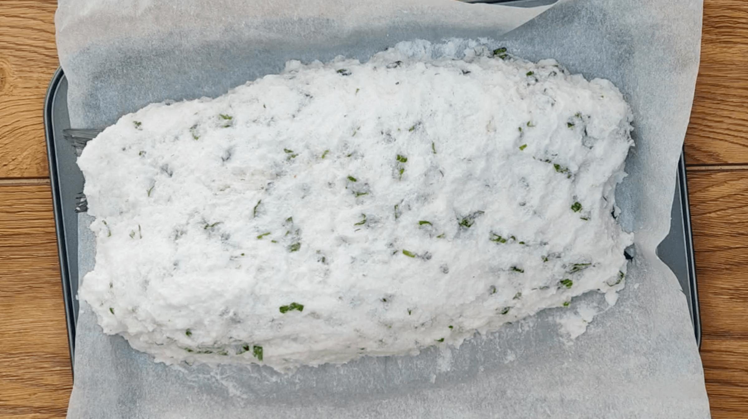 Сибас в солевом панцире