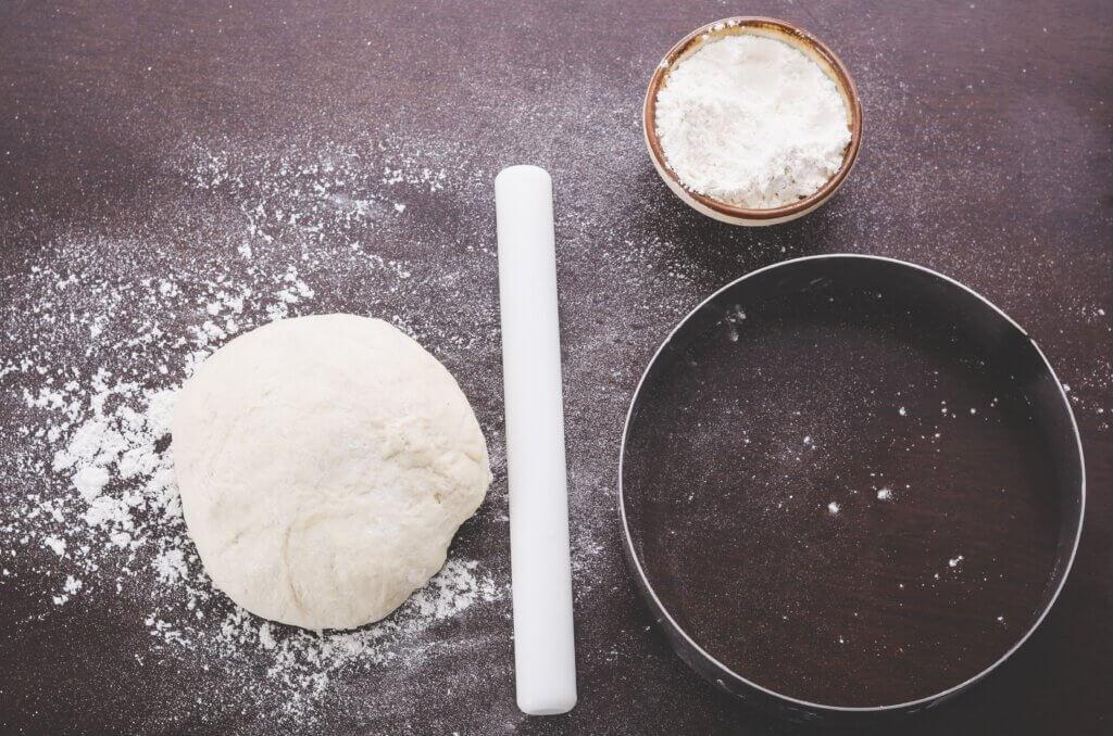 Как пользоваться разъемной формой для выпечки?